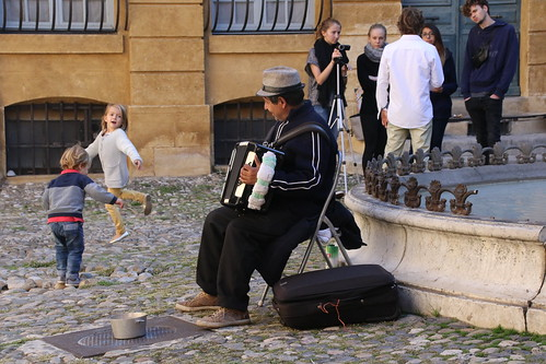 accordian_player_aix_7Dii1315