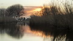 """""""De Kleine Dulper"""" (Niek Goossen) Tags: zaamslag zeeuwsvlaanderen zeeland netherlands creek sunrise"""