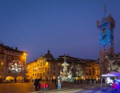 Trento, Piazza Duomo (lorenzapanizza) Tags: trento trentinoaltoadige nataleincitt nataletrento lucidinatale christmas xmas