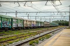 The last curve train. (Santini1972) Tags: train spain catalonia nikond5100 nikonflickraward nikkor nikoneurope wagons railway nikon1855mmf3556 europe llança llansa