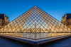 Symmetry, The Louvre (elliott845) Tags: blue thelouvre pyramid louvrepyramid pyramidedulouvre thebluehour bluehour dusk evening lowlightphotography symmetry paris europe