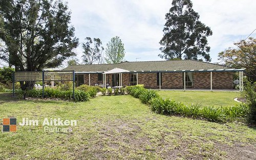 238 Singles Ridge Road, Yellow Rock NSW 2777