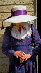 Counting (Fran Caparros) Tags: old portrait argentina argentine girl hat america la chica dress purple retrato south religion young shy days nia sombrero tradition counting pampa vestido joven mennonite timida tradiciones purpura menonita