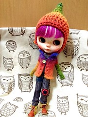 blythe cardigan and gnome hat