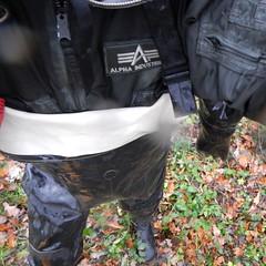 Aquala5215 (Kanalgummi) Tags: rubber jacket gloves worker bomber exploration sewer drysuit kanalarbeiter bomberjacke gummihandschuhe gummianzug égoutier trockenanzug