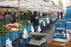 Op de Markt (josbert.lonnee) Tags: people vegetables marketplace markt mensen kraam groetenkraam
