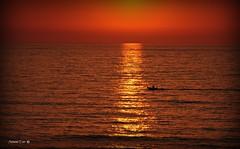 Reflexos (antoninodias13) Tags: luz sol praia portugal faro mar barco areal algarve pesca oceanoatlntico aljezur silncio calmaria costavicentina tonalidades vastido paisagemprotegida platinumheartaward odeceixa