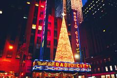 radio city. (Virginia G.) Tags: manhattan newyork nyc unitedstates usa neon radiocity rockefellercenter
