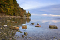 Stones on the water (Marcel Stumpp) Tags: konstanz bodensee steine wasser herbst bunt water lake constance fall stones