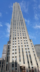 2016-10-19 - Rockefeller Center - Comcast building (zigwaffle) Tags: 2016 nyc newyorkcity manhattan timessquare rockefellercenter saintpatrickscathedral fifthavenue wretchedexcess centralpark