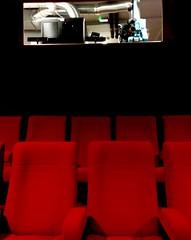 l'homme qui rparait les femmes (catimini) Tags: cinema film documentaire hommequirparaitlesfemmes