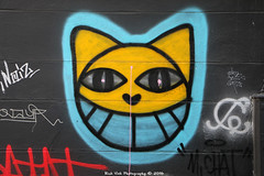 Hello Kitty (Rick & Bart) Tags: paris france city urban rickvink rickbart graffiti streetart cat canon eos70d