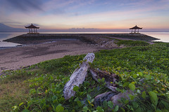 Pantai Karang Greenery (Pandu Adnyana Photography Tour) Tags: pantai karang cloud sunrise hut motion long exposure baliphotographytour baliphotographyguide balitravelphotography balilandscapephotography balilandscapetour bali indonesia sanur