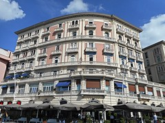 Mansions (end 19th century) at sea front of Via Partenope in Naples (Carlo Raso) Tags: mansions seafront viapartenope naples civilarchitecture