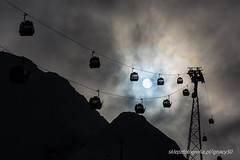 straight to the sun (ignacy50.pl) Tags: skilift cableway mountains highmountains austria sun winter sky clouds ski skiing skiers glacier kaprun ignacy50 outdoor
