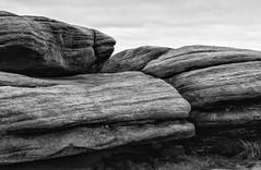 Stanage Edge (l4ts) Tags: landscape derbyshire peakdistrict darkpeak stanageedge gritstone gritstoneedge gritstonetors moorland blackwhite