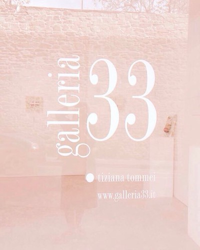 @galleria33 seen by @gioiaolivastri _ OGI _ april 2016  #galleria33 #photography #reflection #exhibition #pastshow #memory #pink #filter #art #artist #picoftheday #artexhibition #artgallery #artlovers #artwork #artadvisor #artconsultant #artdealer #artcol
