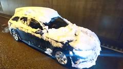 Idiot (skumroffe) Tags: snstorm snowstorm sn snow vinter winter car cars bil bilar auto coche road vg e18 stockholm sweden idiot