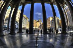 Roma n° 16 - il Pantheon 2 ( on Explore ) (Roberto Defilippi) Tags: 1012016 rodeos robertodefilippi nikond7100 roma architettura colonne fisheye
