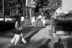 Street, Bishkek Kirghizistan (mafate69) Tags: asia asie asiecentrale centralasia kirghizstan bishkek rue reportage street streetshot streetlevelphoto nb noiretblanc bw blackandwhyte documentaire documentary femme woman portrait city candid mafate69