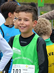 Smile (Cavabienmerci) Tags: switzerland suisse schweiz run running race runner laufen lauf lufer course  pied coureur coureurs athlete athletes jungen boy boys kids kid garons sport sports