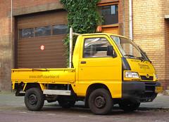 2001 Daihatsu Hijet 1.3 Pick-up (rvandermaar) Tags: 2001 daihatsu hijet 13 pickup daihatsuhijet sidecode6 grijskenteken 94vvlh rvdm
