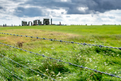 Stonehenge [barbed wire remix]