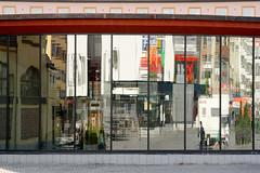 tres tranquil (lumofisk) Tags: city reflection architecture finland mirror finnland spiegel stadt architektur spiegelung kuopio 86mm 0mmf0 nikondf