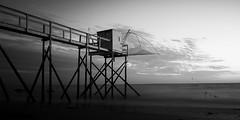 carrelet-au-couchant-b&w (gilles.chaulet) Tags: longexposure sunset sea blackandwhite bw white black vacances noir noiretblanc coucher blanc aout 2014 d300 pornic carrelet pauselongue pecheries phtch
