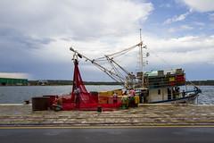Fishing Boat in Pola (Andrea Vigoni) Tags: sea port canon eos boat fishing harbour croatia porto 7d croazia pola pula istria
