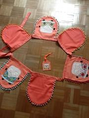 Bandeirinhas de Kombi II (ceciliamezzomo) Tags: handmade flag flags fabric vans van patchwork decor camper decoração kombi polkadot bandeiras bandeirinhas poá tedido