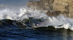6317DRL (Rafael González de Riancho (Lunada) / Rafa Rianch) Tags: sea mer sports arcoiris mar surf waves fuente surfing león olas gaviota cantabria deportes laisla océano acantilados surfista tempestad santamarina