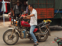 motorbike (1) (anwoody) Tags: for flickr xingping china market streetlife