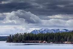 storm bend (Christian Collins) Tags: ef70200mm t2i canon storm clouds yellowstone lake mountains snow yellowstonelake morning lago nieve