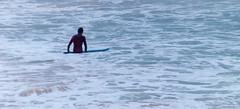 Entre espuma (Oscar F. Hevia) Tags: surfista espuma olas playa mar surfer foam waves beach sea cantabrico asturias asturies espaa gijn principadodeasturias sanlorenzo spain xixn