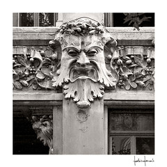 2016/4288 (FedericoFerrari) Tags: scultura mascherone visi bassorilievo