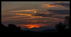 E' ancora un altro tramonto di fuoco.  (Explored Oct 20, 2016) (iLaura62) Tags: sunset tramonto landscape panorama sun sky clouds