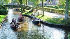 (Lin ChRis) Tags:    trip travel netherlands holland giethoorn river