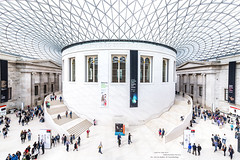 BRITISH MUSEUM DE LONDRES (CEDREAMS) Tags: 2016 angleterre architecture art blanc blanche blanches blancs britishmuseum canon cartepostale cedreams cercle circle colors couleurs crowd day dslr england eos6d escalier europe flickr fonddecran foule geometrie geometry grandangle graphic graphique jour ligne lignes line lines london londres monument objectif photographie photography postcard reflex royaumeuni sightseeing slr stairs tamron tamronsp1530mmf28divcusd tourisme touristique travel trip uk voyage wallpaper white wideangle gb