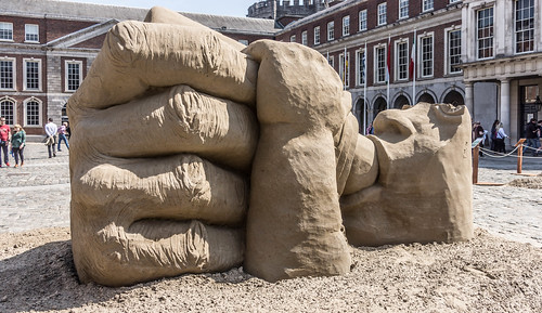 SAND SCULPTURES AT DUBLIN CASTLE [EMOTIONAL STATES] REF-107052
