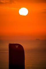 Vela (alimoche67) Tags: barcelona espaa barco minolta sony amanecer 99 barceloneta verano alpha catalua slt crucero hotelvela translucentmirror