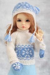 Elin ♥ (Maram Banu) Tags: snowflake hat sweater doll handmade elin bjd bid mittens yosd iplehouse fairystyle marambanu