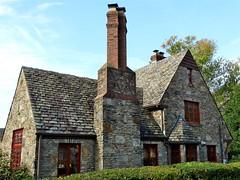 Littlebourne (e r j k . a m e r j k a) Tags: house stone pennsylvania cottage explore allegheny abode mtlebanon erjkprunczyk