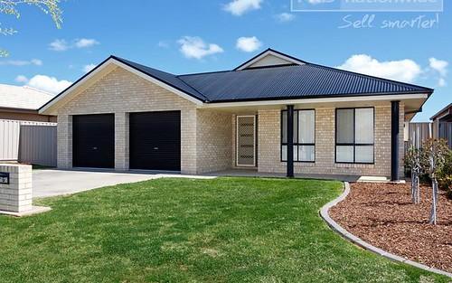 7 Yoogali Street, Glenfield Park NSW 2650