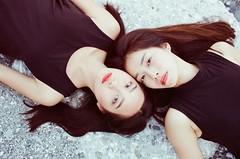 () Tags: canon 1v fujifilm 250d portrait girls hualien seaside