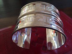 IMG_0325 (Tuareg Jewelry) Tags: tuareg jewelry jewellery finesilver silver ebony bracelets tuaregjewelry tuaregjewellery