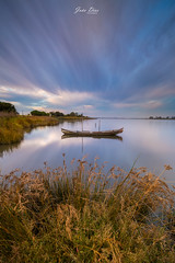 Golden boat (joao.diasfilipe) Tags: canon 5diii canon 5d mark iii filter lee nd grad sunset joao dias photography landscape 1635