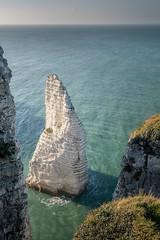 la star de la côte (amateur72) Tags: etretat fujifilm normandie paysdecaux paysage xf1024mm cliffs falaises landscape mer plage