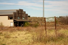 Bellewville (jdawn1982) Tags: bellewvilleok woodwardok woodwardcounty oklahoma october2016 abandoned neglected weathered rundown sign project365