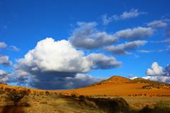 Cloud. (jm_alcon) Tags: cloud clouds nube aragn teruel spain landscape laponiadelsur airelibre autumn otoo outdoor azul meteo paisaje paysage secano arcilla canoneos600d canon cordilleraibrica colores colors color rastrojo